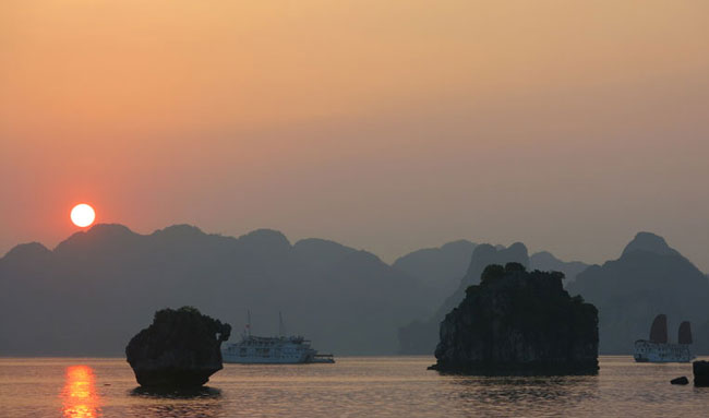 Get to Cat ba from Ha Long Bay